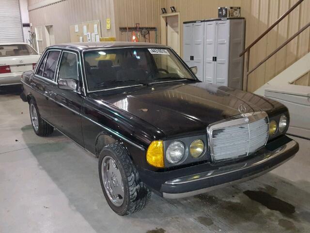 1980 MERCEDES-BENZ 200 - 290   941399