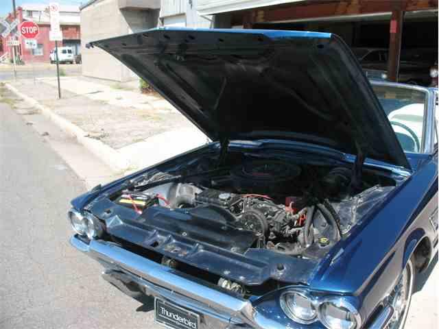 1965 Ford Thunderbird | 940178