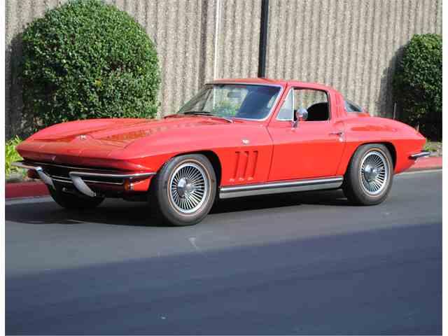 1965 Chevrolet Corvette | 942030