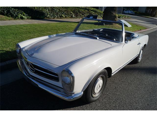 1967 Mercedes-Benz 230SL | 942040