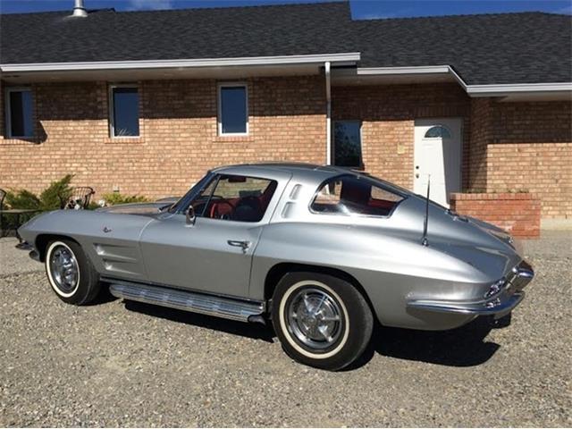 1963 Chevrolet Corvette Stingray   942057