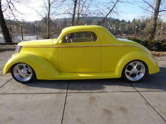 1937 Ford Custom | 942109