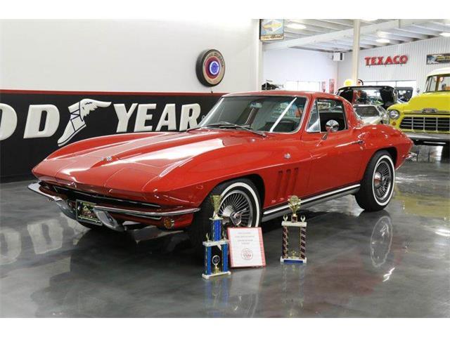 1965 Chevrolet Corvette | 942209