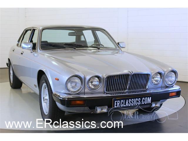 1982 Jaguar XJ6   940226
