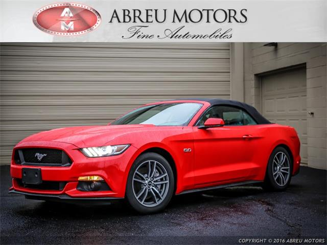 2015 Ford Mustang | 942326