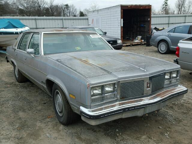 1977 Oldsmobile 98   942387