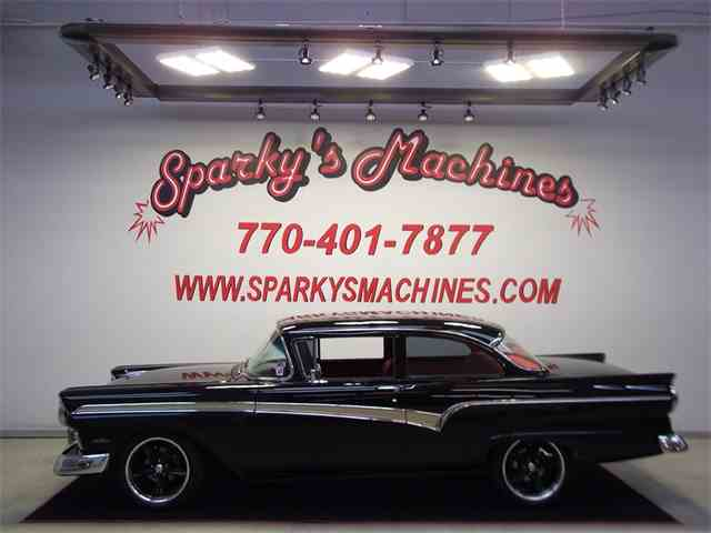1957 Ford Fairlane Custom | 940239