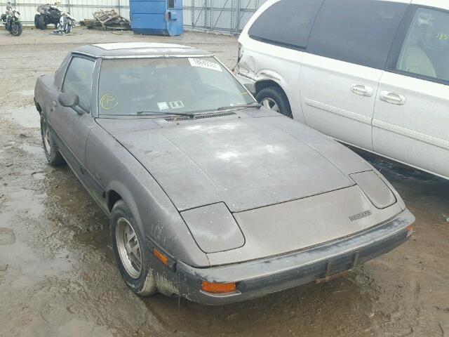 1985 Mazda RX-7 | 942396