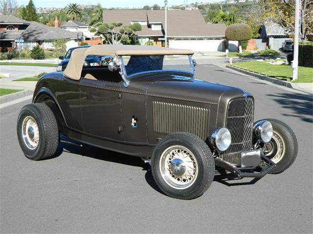 1932 Ford Roadster | 940246