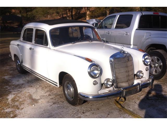 1956 Mercedes-Benz 220 | 942690