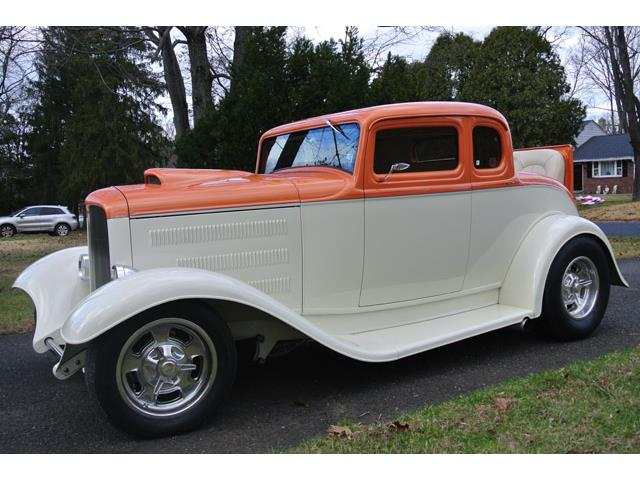 1932 Ford 5-Window Coupe | 942854