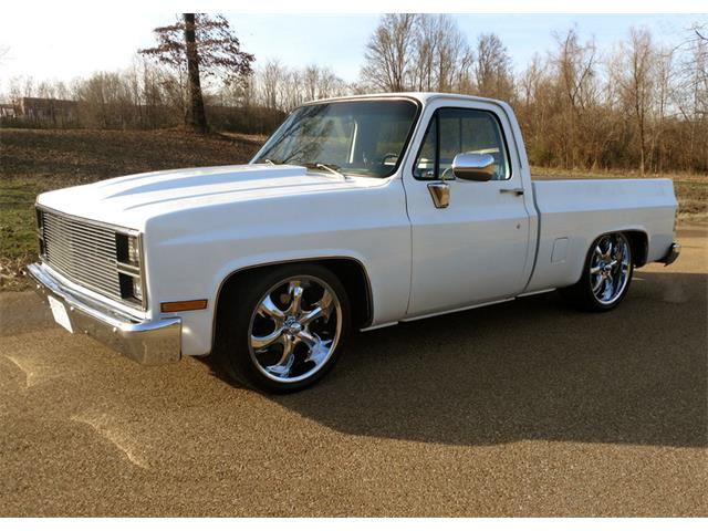 1983 Chevrolet C10 Custom Show Pickup | 942886