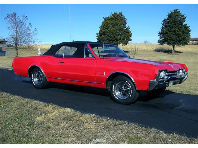1967 Oldsmobile Cutlass | 942890