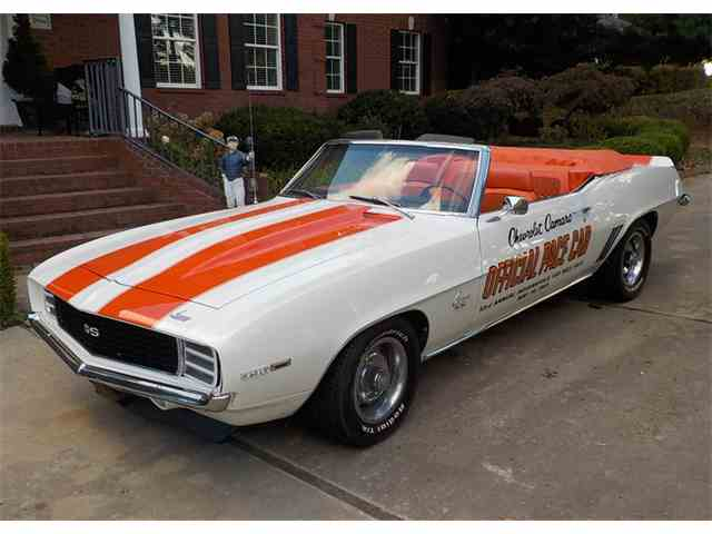1969 Chevrolet Camaro RS/SS Pace Car | 942984