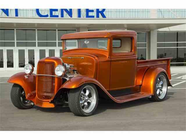 1934 Ford Custom | 942989