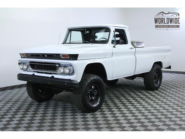 1966 GMC TRUCK 4X4   940301