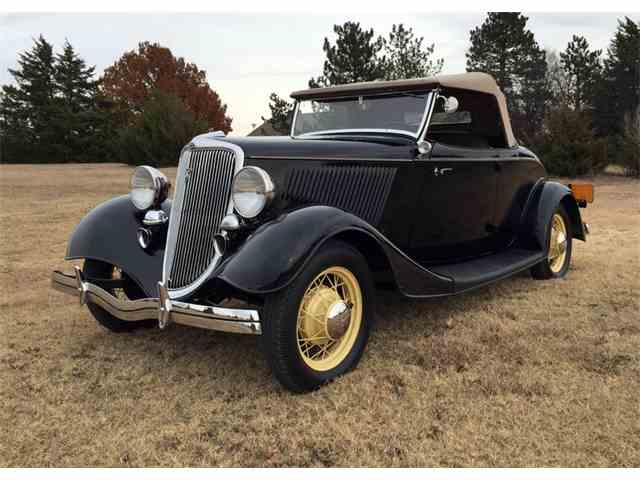 1934 Ford Roadster | 943026