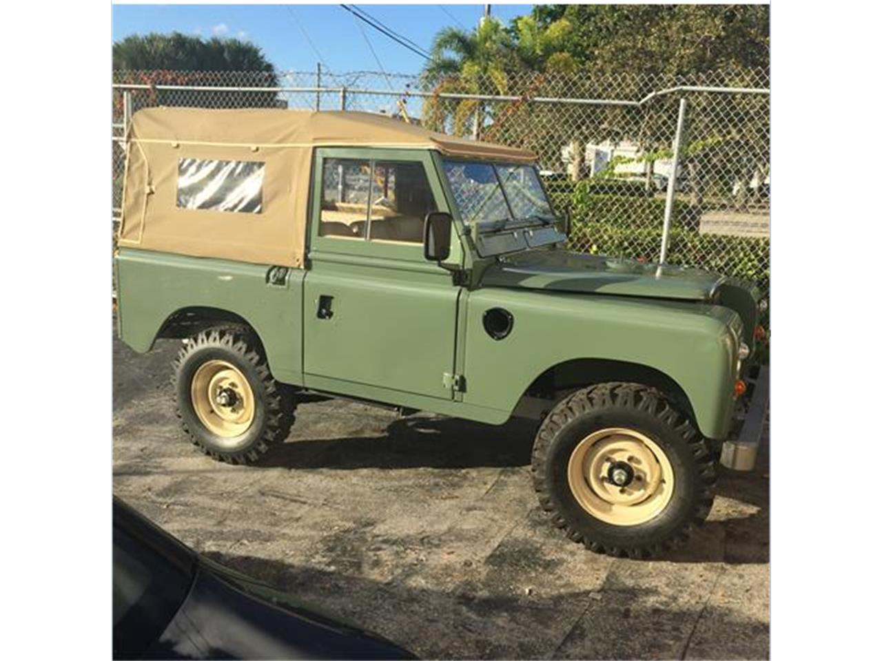 1973 land rover series iii for sale cc 940317. Black Bedroom Furniture Sets. Home Design Ideas
