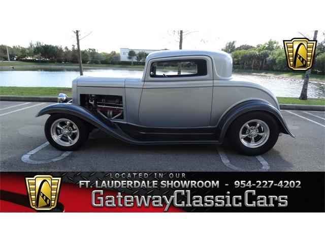 1932 Ford 3 Window | 943180