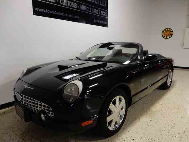 2002 Ford Thunderbird | 943238