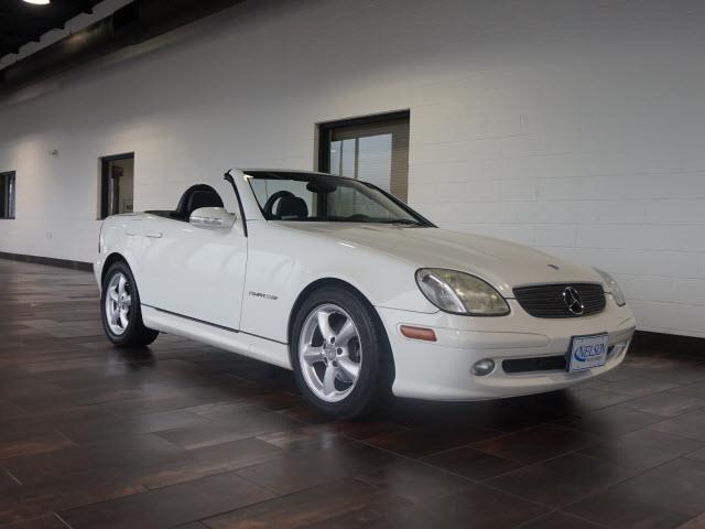 2002 Mercedes-Benz SLK-Class | 943242