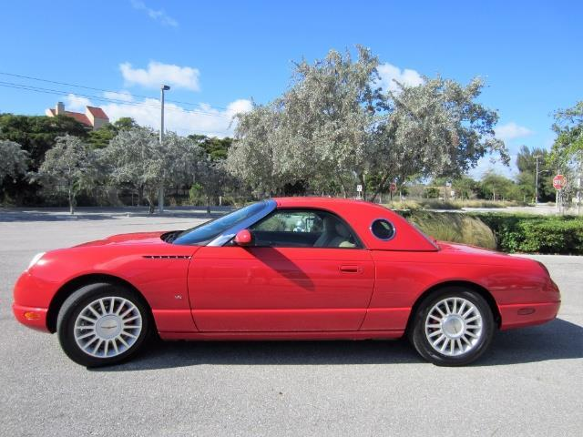 2004 Ford Thunderbird | 943273