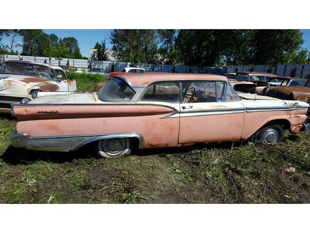 1959 Ford Fairlane | 943316