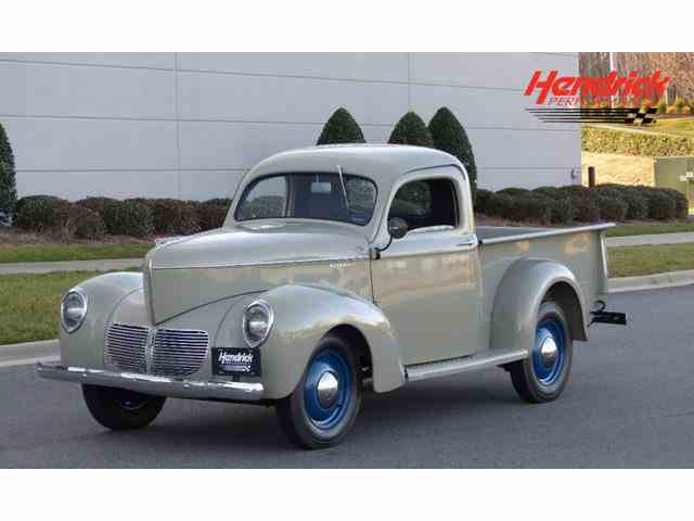 1940 Willys-Overland Jeepster | 943351