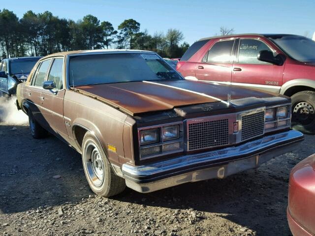 1977 Oldsmobile 98   943494