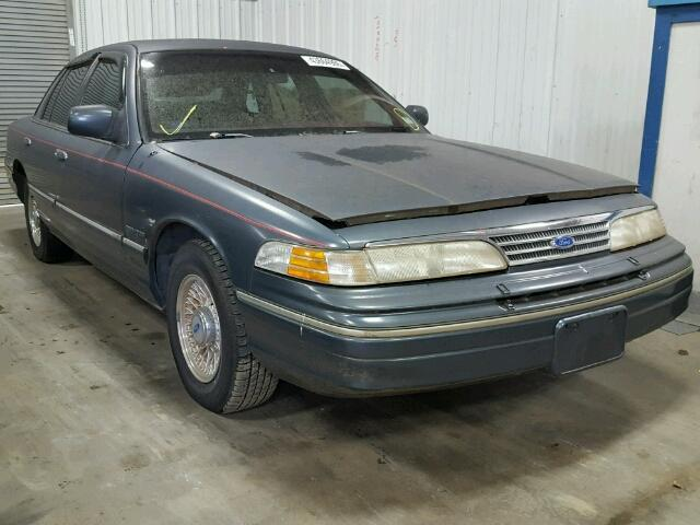 1993 Ford Crown Victoria | 943630