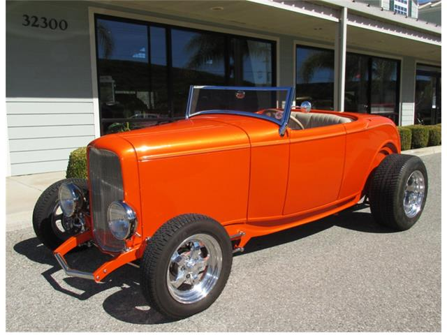 1932 Ford Roadster | 943682