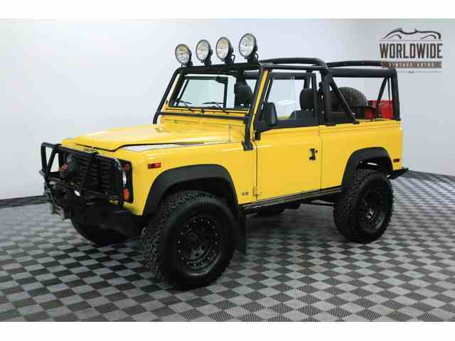 1995 Land Rover Defender | 943811