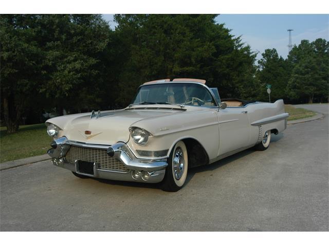 1957 Cadillac Series 62 | 943825