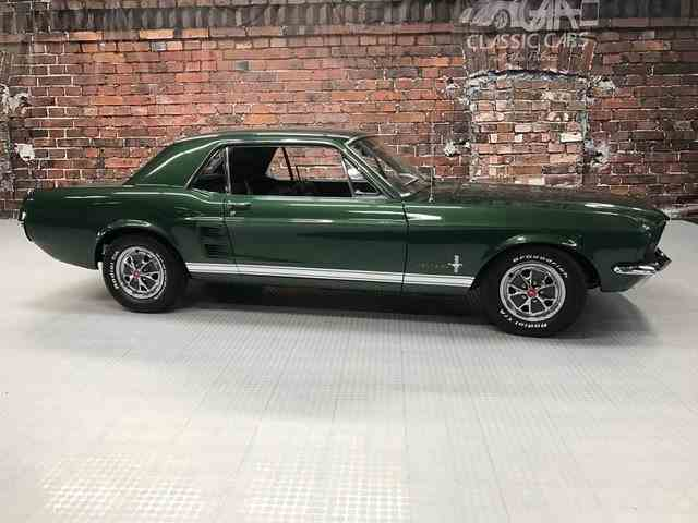 1967 Ford Mustang | 943925