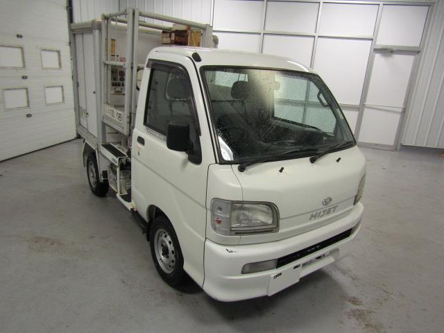 2001 Daihatsu HiJet | 943956