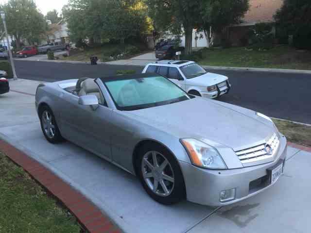 2004 Cadillac XLR | 944186