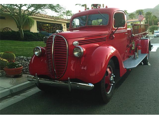 1938 FORD F3 FIRE ENGINE | 944200