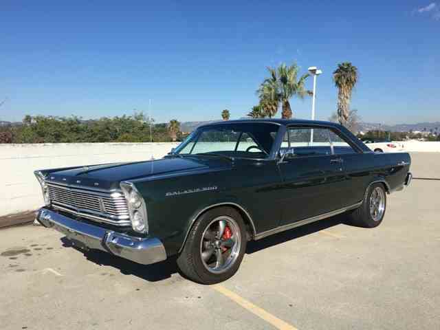 1965 Ford Galaxie 500 | 944228