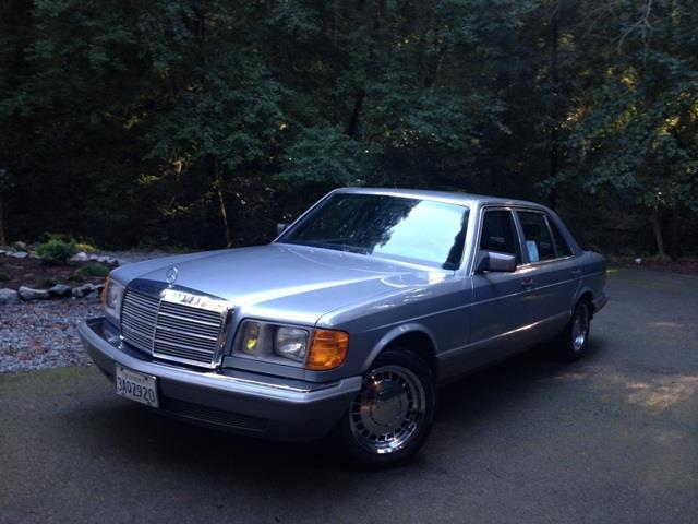 1984 Mercedes-Benz 500SEL   944243