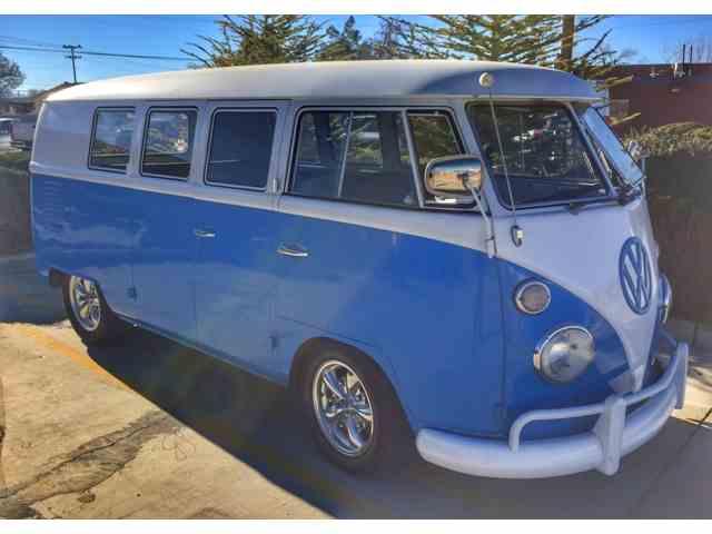1967 Volkswagen Bus | 944251