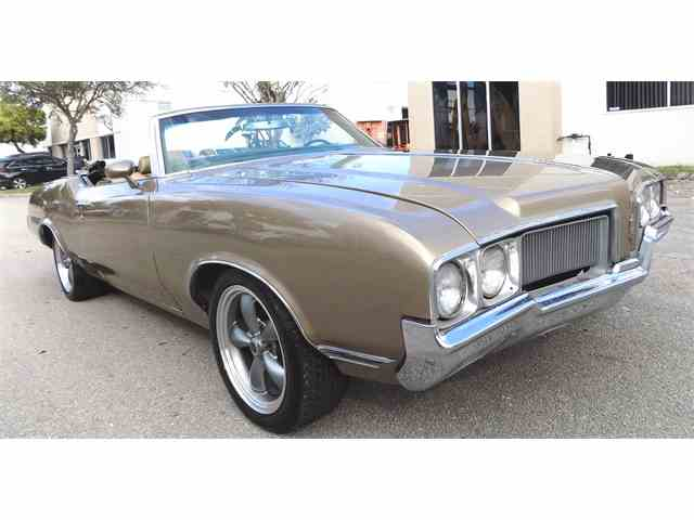 1970 Oldsmobile Cutlass Supreme | 944256
