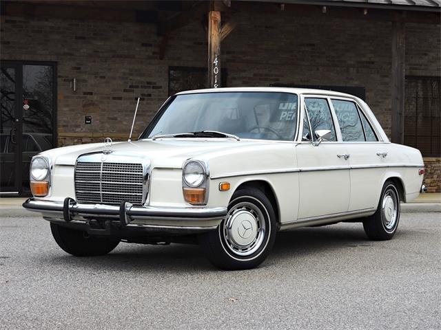 1973 Mercedes-Benz 220 | 944269