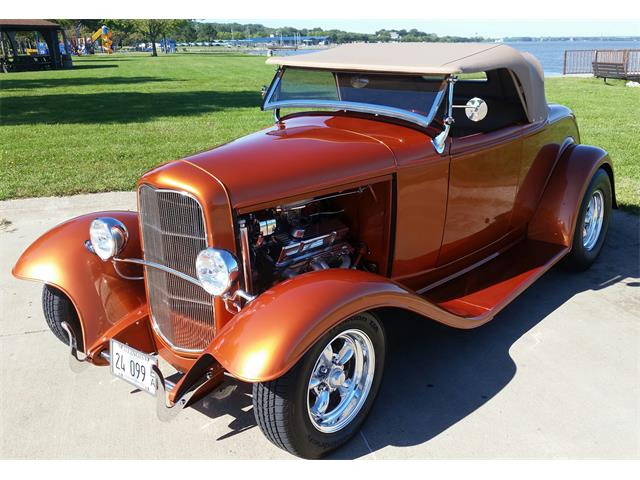 1932 Ford Roadster | 944350