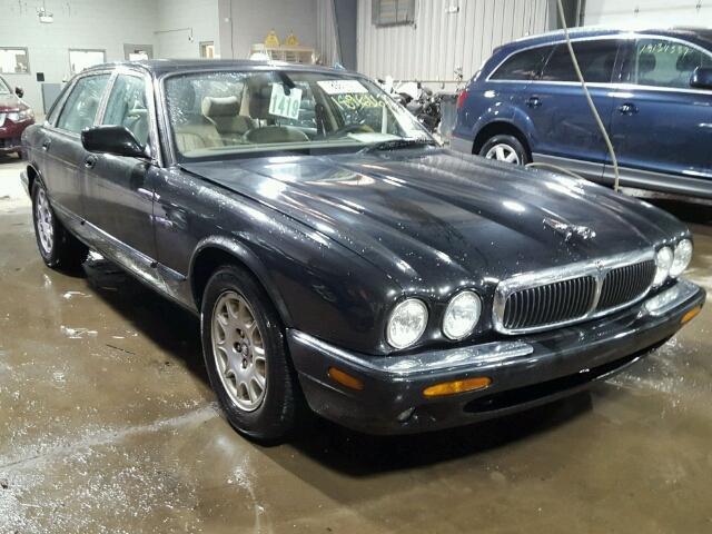 2001 Jaguar XJ8 | 944412