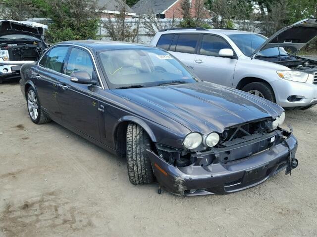 2008 Jaguar XJ8 | 944446