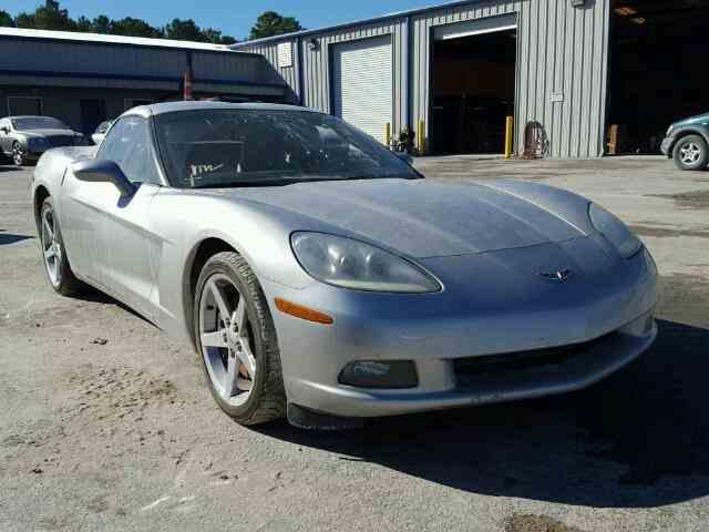 2005 Chevrolet Corvette | 944469