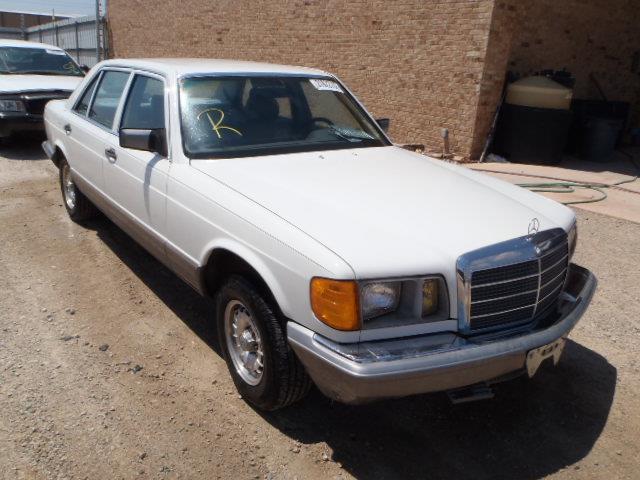 1982 MERCEDES-BENZ 320 - 400 | 944660