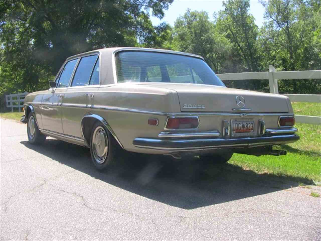 Large Picture of '71 Mercedes-Benz 280SE - $11,900.00 Offered by Classic Lady Motors - K94M