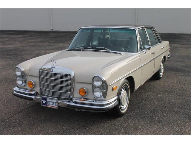 1972 Mercedes-Benz 280 | 945047