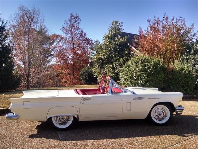 1957 Ford Thunderbird | 945059